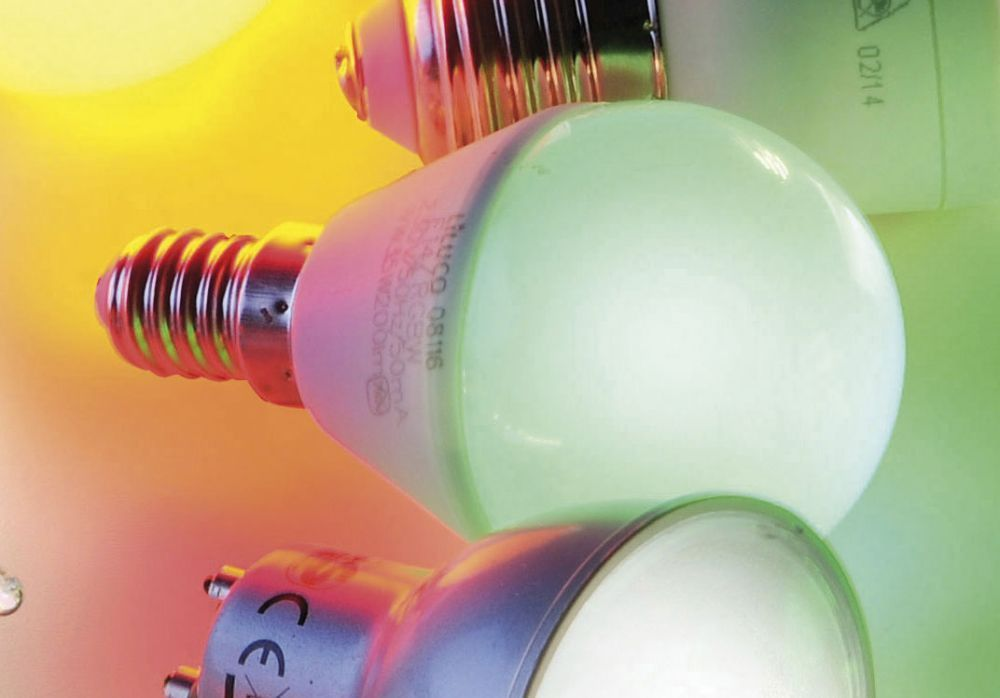 LED-Tropfenlampe E14 im 3er Set mit RGB Farbauswahl inkl. Infrarot-Fernbedienung