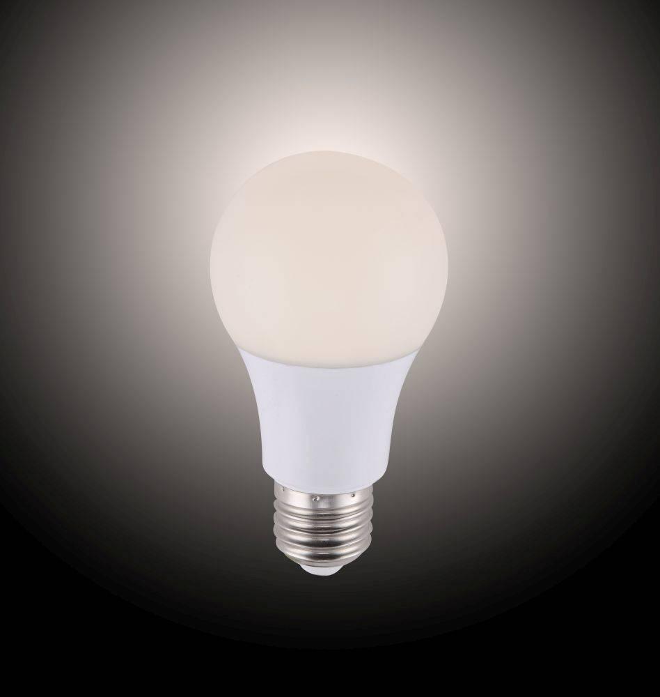 LED-Leuchtmittel E27 mit Infrarot-Fernbedienung und Memory Funktion