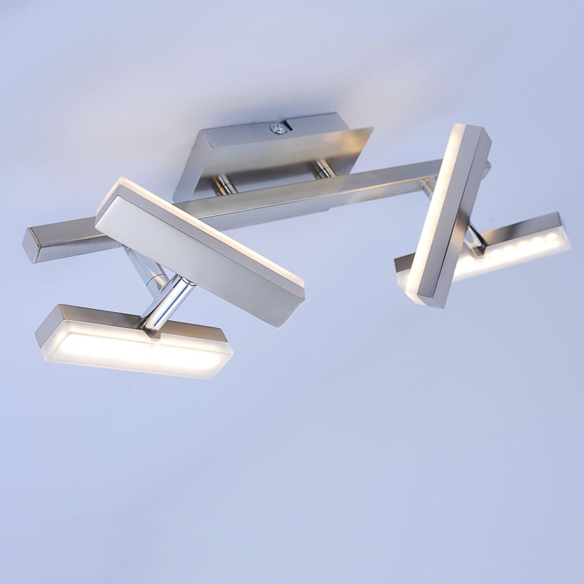 LED-Deckenleuchte in Stahl mit 4 verstellbaren Leuchtköpfen und warmweißer Lichtfarbe ist energiesparend