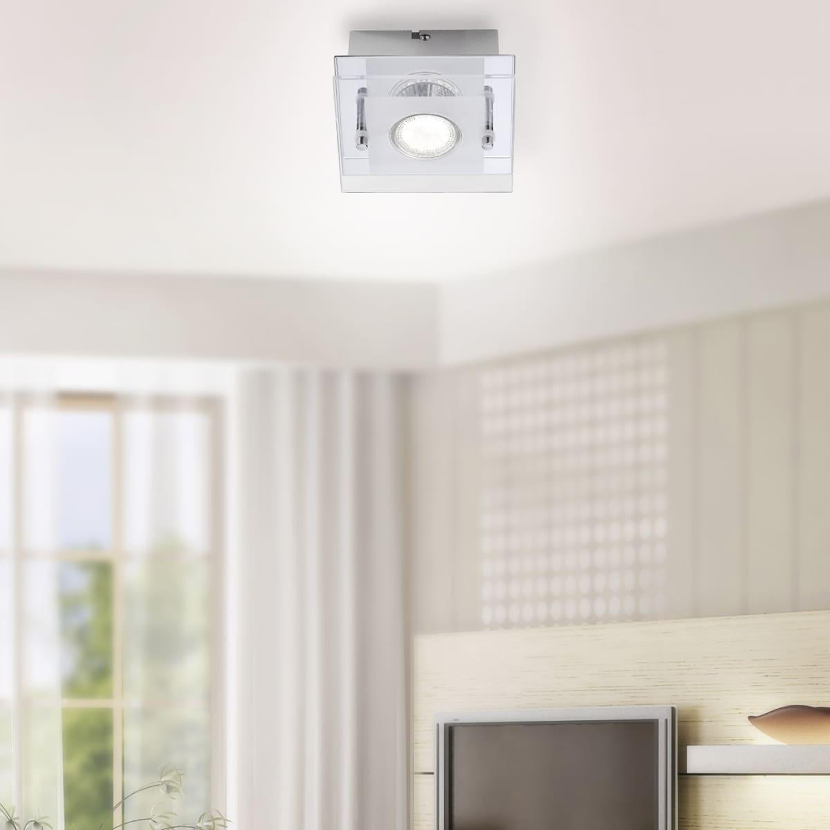 LED-Deckenleuchte in Chrom und quadratisch mit warmweißer Lichtfarbe und strahlt ein blendfreies Licht