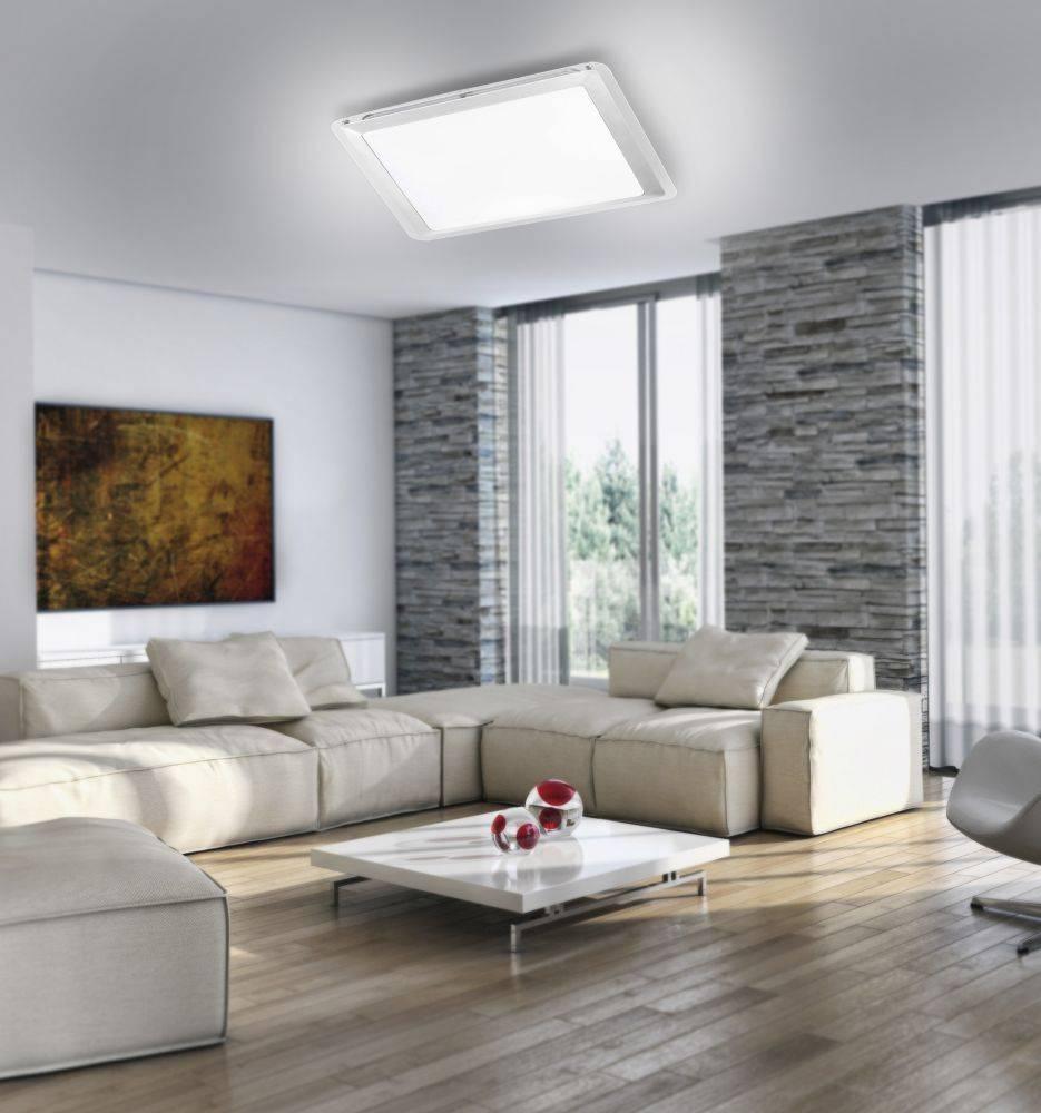 LED-Deckenleuchte in quadratisch mit Acrylglas sowie warmweißer Lichtfarbe ist spritzwassergeschützt
