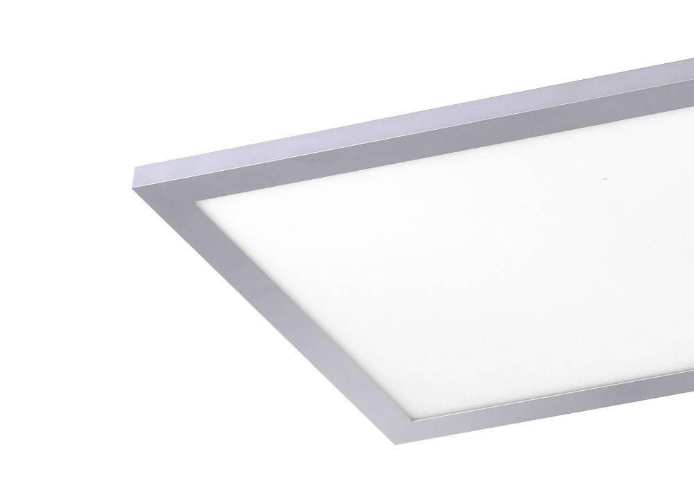 LED-Panel in silber und rechteckig mit warmweißer Lichtfarbe ist energiesparend und strahlt blendfrei