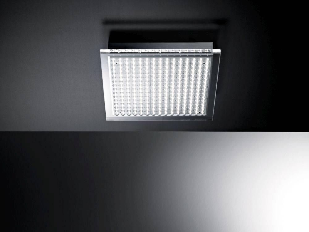 LED Deckenleuchte stahlfarben und quadratisch mit warmweißen Licht IP44
