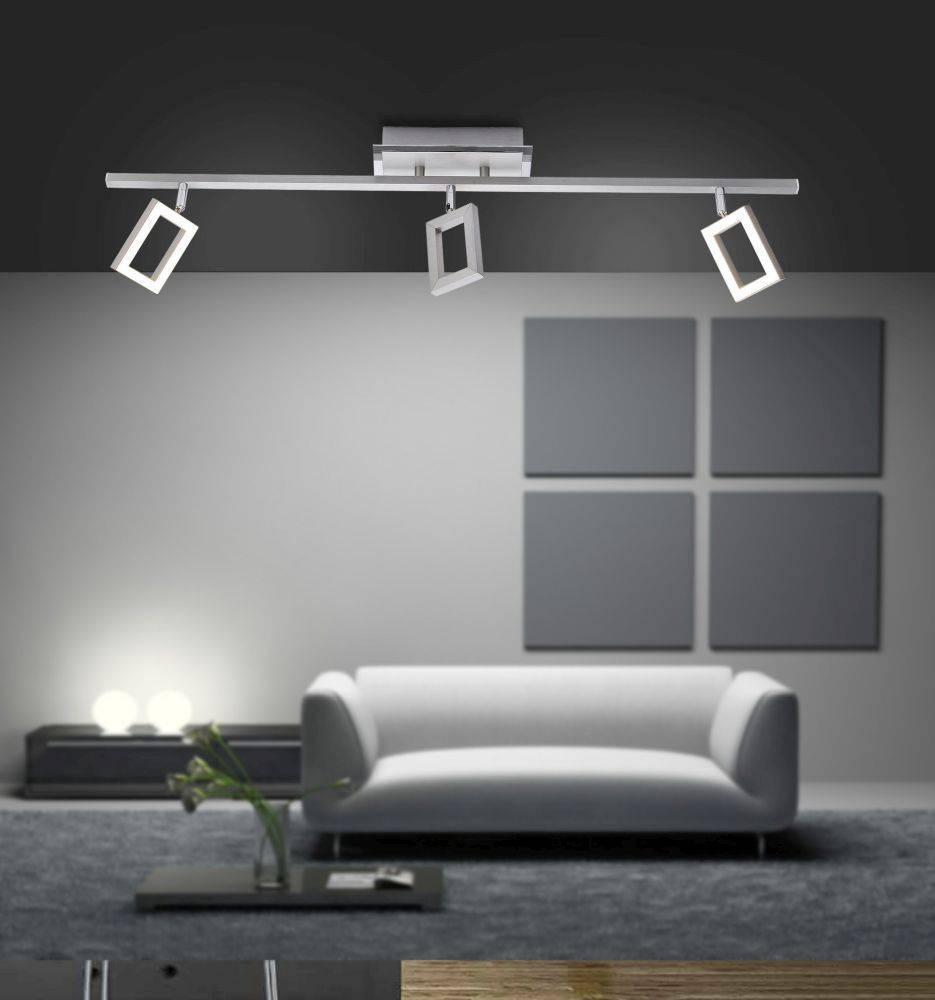 LED-Deckenleuchte in Stahl mit 3 verstellbaren Leuchtköpfen und warmweißer Lichtfarbe ist energiesparend