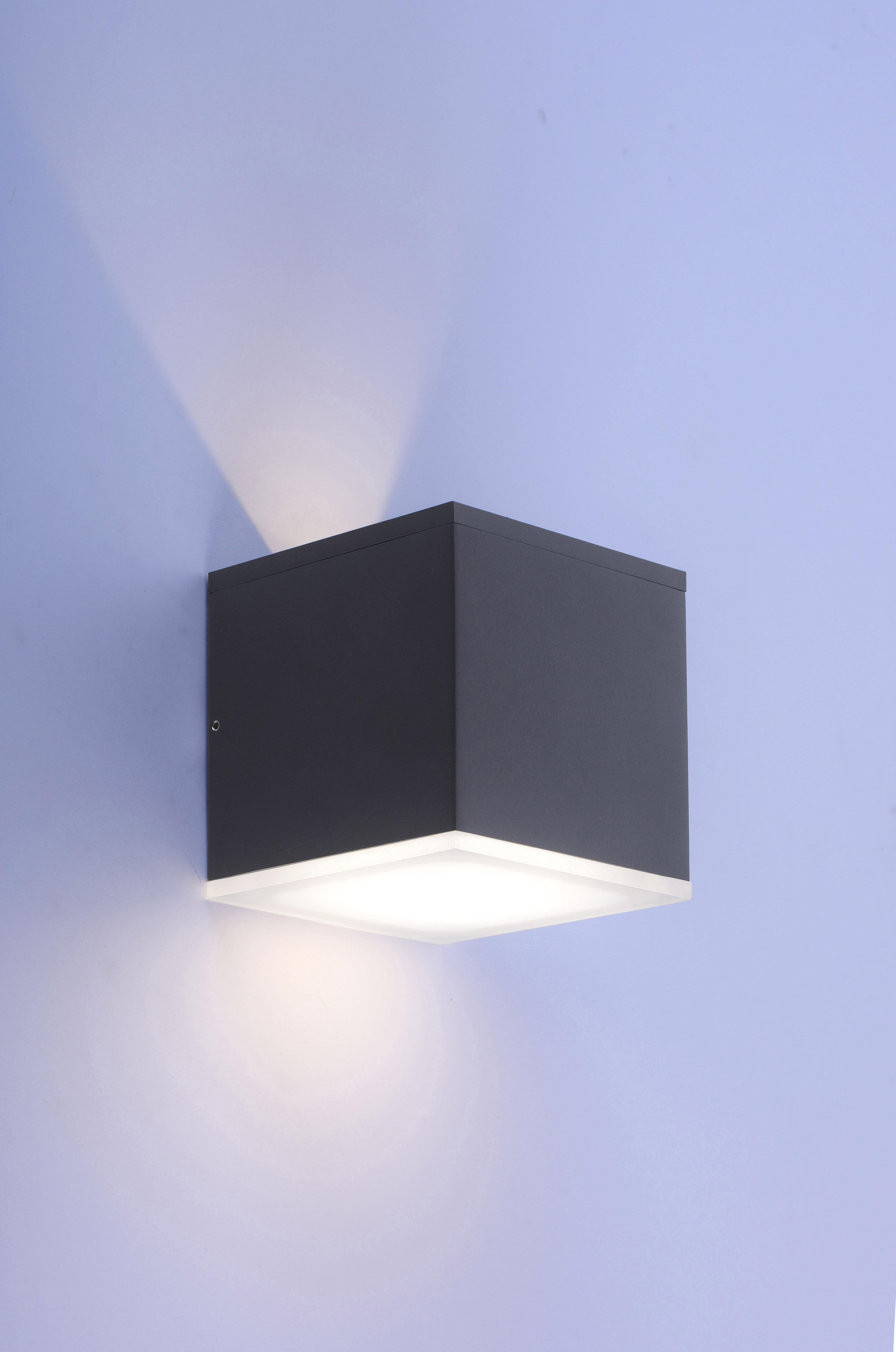 Q-AMIN LED-Außenwandleuchte Smart-Home mit Lichtfarbsteuerung und Fernbedienung ist spritzwassergeschützt
