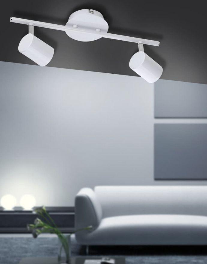 LED-Deckenleuchte, weiß, 2 verstellbare Leuchtköpfe, warmweiße Lichtfarbe