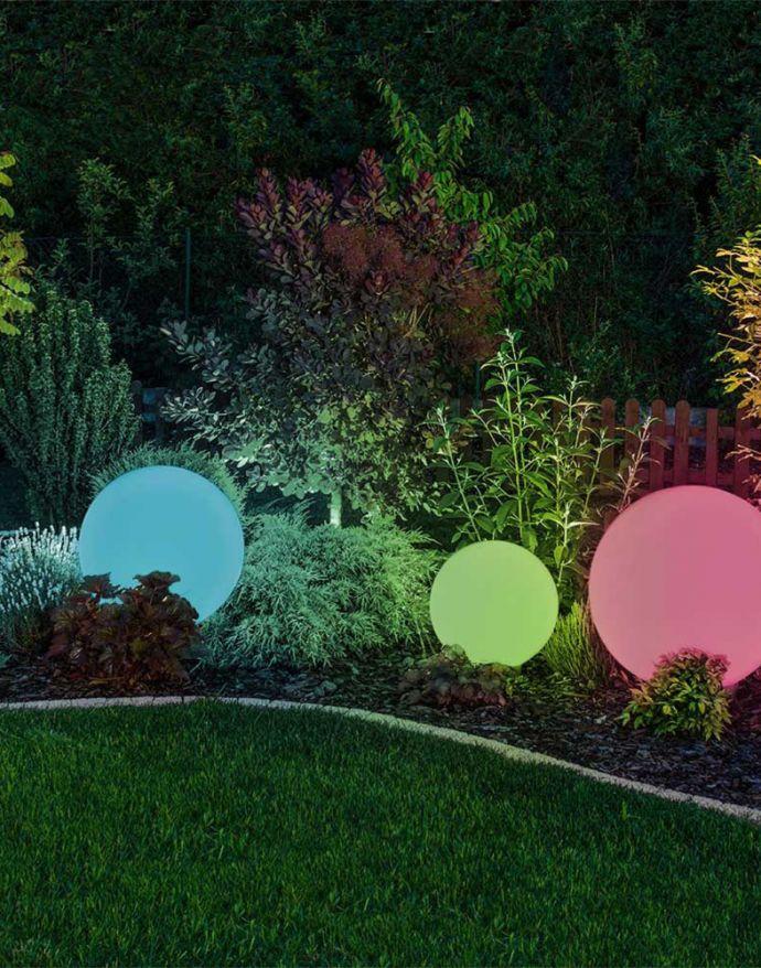 Kugelleuchte Ø 20cm mit Erdspieß, Smart Home, IP44, RGB Farbwechsel, dimmbar