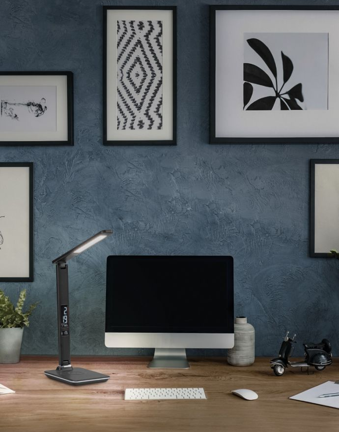 LED Tischleuchte, schwarz, Induktionsladeplatte, Touchdimmer, CCT